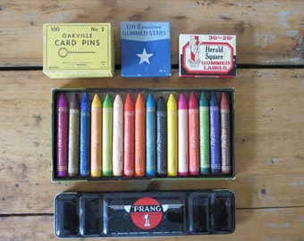 vintage crayons, vintage box of crayons, crayons in box, antique crayons, tru tone crayons, milton bradley company, marshall field and co.