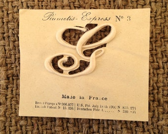 Antique French Monogram Letter G on Paper Pat 1906 No. 3 Plumetis Express Satin Stitch