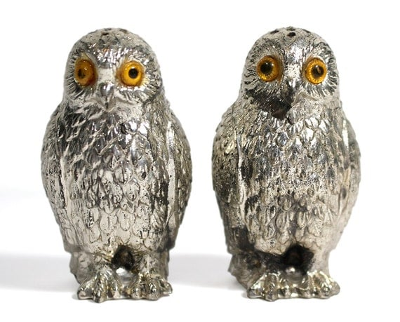Vintage metal owl salt and pepper shakers by ruggyrevival on etsy - Owl salt and pepper grinders ...