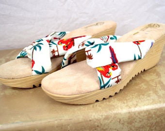 Vintage 80s Wedge Sbicca Tropical Platform Sandals - Size 9