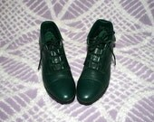 Vintage 80s 90s Ankle Pixie Boots  - Womens Size 6 - Lace Up Cuffed - Woodland Hunter Green Leather