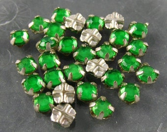 Vintage Rose Montee 3.5mm Sew Ons -  Green/Silver Setting