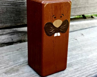 Wooden beaver toy - Hand painted brown wood beaver block - Eco friendly toys - Hand painted wood blocks - Wood Toys - Natural Wood toys