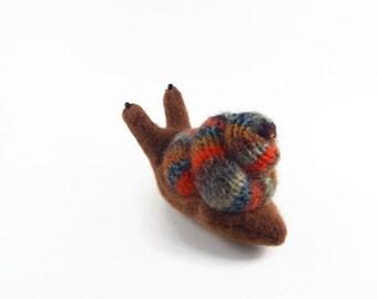 Waldorf snail, garden snail, velcro snail, wool plushie snail