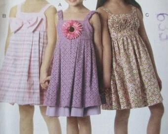Girls' Dress Pattern, Uncut, Size 2, 3, 4, 5