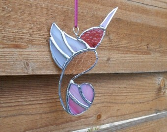 Stained Glass Hummingbird - Suncatcher - Handmade - Pink - Berry - Birds - Nature