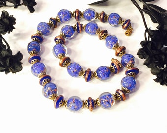 Beautiful Art Deco Italian Blue Gold Foil Art Glass Vintage Necklace