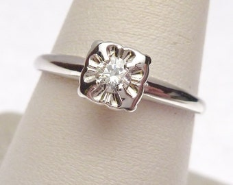14 kt Illusion Head 12 pt Diamond Solitaire Engagement Ring White Gold 1960s