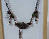 Clockwork Charms Necklace - Emerald Green and Pearl