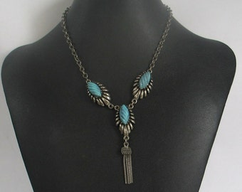 SALE Vintage Silver tone and  Faux Turquoise Necklace