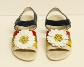 Leather Moschino Daisy Flower Velcro Sandals Size 36 / 5 / 6