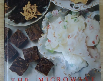 Vintage 1993 The Microwave Cookbook
