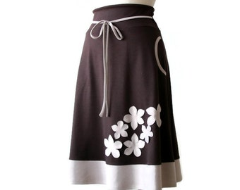 Brown skirt, Winter skirt, Aline skirt, Womens clothing, Plus size skirt, Skirt with pockets, Applique skirt, Plus Size Custom Skirt