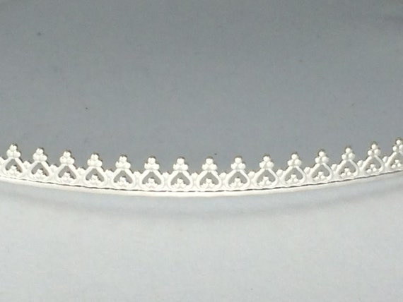 silver gallery wire for bezel setting cabs, 6 inches, Argentium sterling silver , dimension 4.75mm high x .75 mm wide