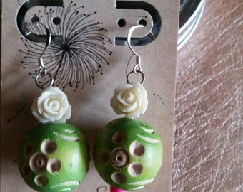 Wood & Roses Earrings