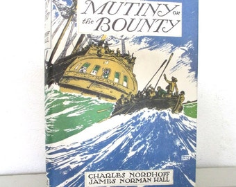 Mutiny on the Bounty, book, 1932, highly collectable edition, lovely gift