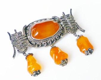 Chinese Export Brooch Sterling Silver Filigree Carnelian Knuckle Beads Longevity Vintage Brooch