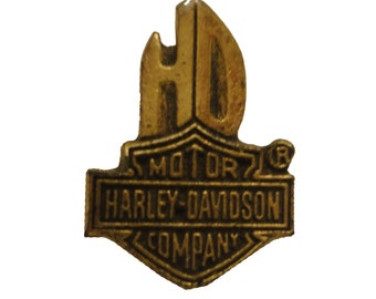 vintage HARLEY DAVIDSON Gold Eagle motorcycle metal pin lapel badge