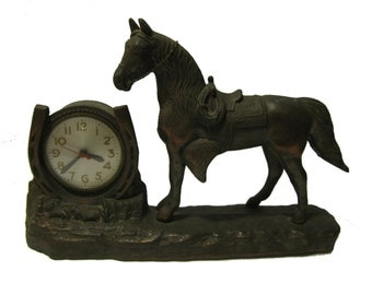 Lucky Horseshoe Cowboy Clock 1950s Vintage Western Horse Electric Mantle Clock