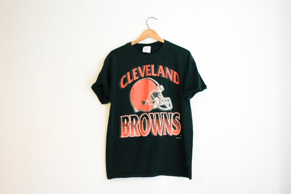 Vintage black cleveland browns football screen print t shirt for Cleveland t shirt printing