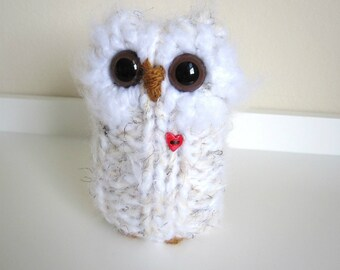 Knitted Animal, Plush Love Owl Doll, White with Scarf and Red Heart, Woodland Home Decoration, Hand Knit Love Owl