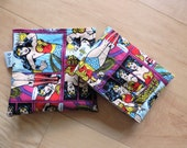 Md/ Sm Wonder Woman Med and Sm Reusable Snack Sandwich Baggie Bag Set with water resistant lining