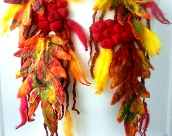Hand Felted , Wool Jewelry felted NECKLACE/belt/scarf
