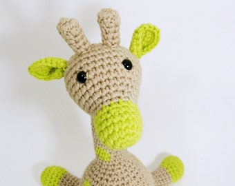 Amigurumi giraffe stuffed toy with rattle inside - organic cotton - beige and pistachio