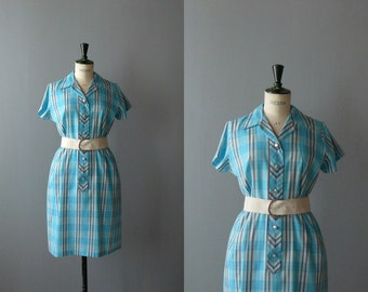 Vintage plaid dress. 1960s shirt dress. plaid cotton shirtwaist dress