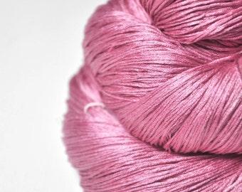 Spilled raspberry smoothie - Silk Lace Yarn