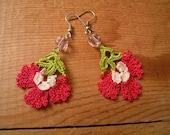 crochet flower earrings, pink