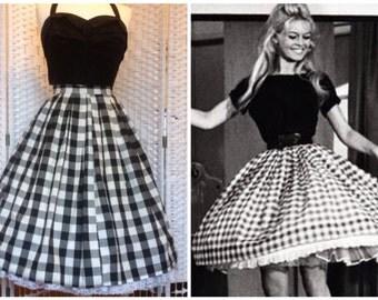 50s vintage inspired Brigitte Bardot full gathered gingham skirt