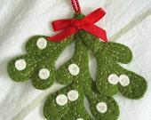 Holiday christmas mistletoe decoration,felt mistletoe,xmas tree decoration,mistletoe tree ornament,green,red,mistletoe,HANDMADE BY FRALINE