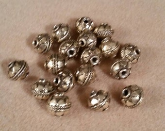 Bali silver beads 1.35 per gram