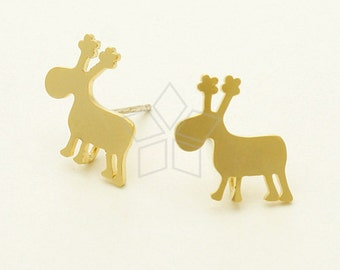 SI-617-MG / 2 Pcs - Deer Stud Earring, Christmas Earrings, Matte Gold Plated, with .925 Sterling Silver Post / 15mm