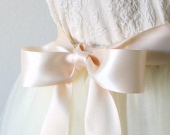 Blush Pink Bridal Sash - Light Pink Sash, Blush Wedding Sash, Bridesmaid Sash Pink, Flower Girl Sash, Blush Ribbon Sash Belt, 1.5 Inch Wide