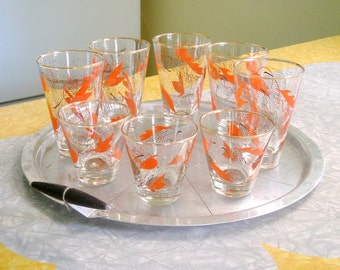 Set of Glasses - 8 in Two Sizes