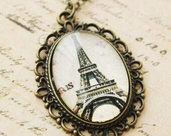 Oval Paris Eiffel Tower PendantNecklace,French Vintage Paris Eiffel Tower Necklace