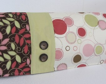 Cricut Expression Dust Cover 'Simply Dainty'. FREE SHIPPING In U.S. Till JAN. 31, 2016. One available.