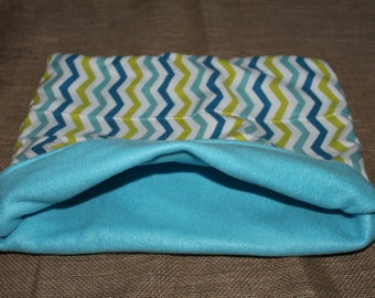 XXL Blue Chevron pouch for small pets.