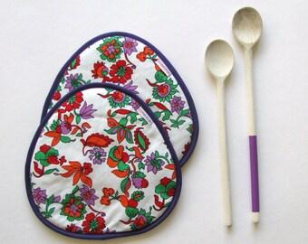 floral purple trivets - placemats - floral potholders - set of 2x - mothersday present - thick potholders - orange green purple red trivets