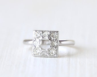 Minimalist Sterling Silver Square Vintage Crystal Engagement Ring  // size 5.75   // everyday gold jewelry