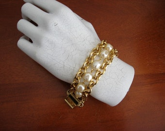 80's Gold Tone and Faux Pearl Necklace and Bracelet Dynasty Look 80's Two Piece Set HIP HOP 80's Bling Bling Holiday Jewelry Treat for You