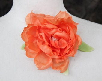 Cute silk   flower  with  clip back 1 piece listing