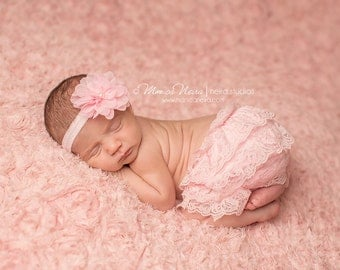 Pink Baby Bloomers and headband, pink lace bloomers, pink diaper cover, newborn photo prop, baby girl photography prop