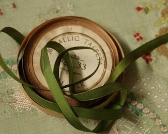 1 yard antique silk taffeta ribbon for ribbonwork trim olive green leaves leaf narrow taffeta back