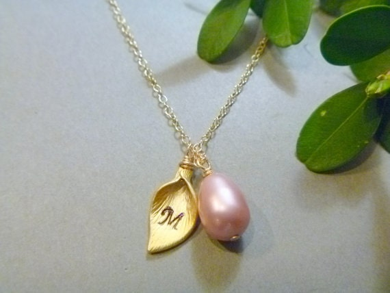 Calla Lily Necklace - Pearl Necklace - Initial Necklace - Personalized -  Bridesmaids Gift - Wedding -