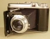 VOIGTLANDER Perkeo 1 viewfinder camera for 120 film. Excellent specimen