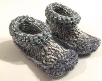 Baby booties, baby slipper, gray, blue  and green