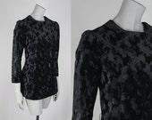 SALE Vintage 60s Tunic / 1960s Black Crushed Velvet Long Sleeve Tunic Top XS S